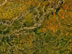 Bani River - A satellite photo of the Bani. The town of San lies to the south of the river near the centre of the image. The Talo dam is near the edge on the left hand side.