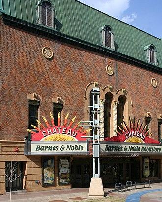 Chateau Theatre - Image: Barnes&Noble Rochester MN