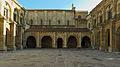 Basílica de San Isidoro de León. Claustro.jpg