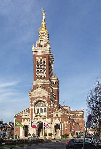 Albert, Somme - Basilica of Notre-Dame de Brebières