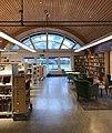 Bergshamra bibliotek från insidan.jpg