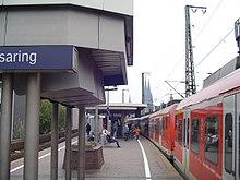 Südländer schmeißen Leute vor die S-Bahn