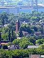 Blick vom Gasometer Oberhausen auf die Kath. Kirche Herz Jesu in Oberhausen - panoramio.jpg