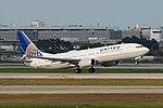 Boeing 737-824(w) 'N76523' United Airlines (25750404767).jpg