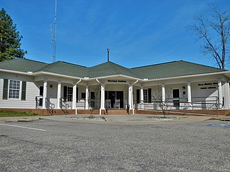 Brantley, Alabama - Image: Brantley, Alabama Municipal Building and Mary Moxley Weed Public Library