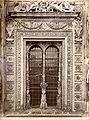 Brogi, Carlo (1850-1925) - n. 8214 - Certosa di Pavia - Finestra sulla facciata della chiesa.jpg
