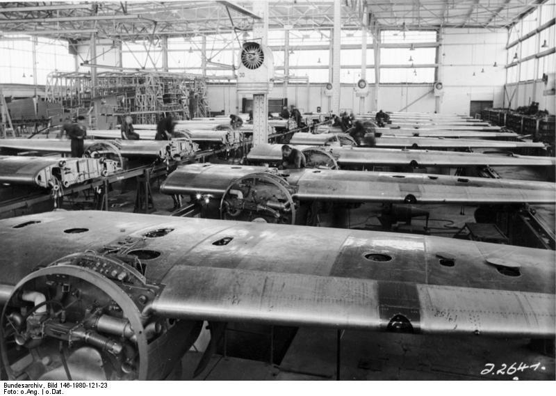Bundesarchiv Bild 146-1980-121-23, Flugzeuge Junkers Ju 88, Montage