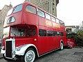 """Bus """"Car Touche"""" (babord) - Quartier des Grottes, Cornavin, Genève (Suisse).jpg"""