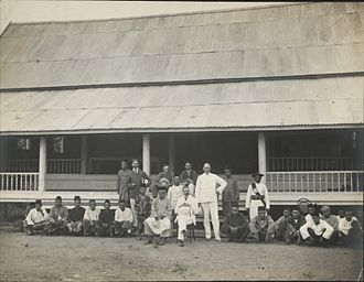 Ahmad Mua'zzam Shah of Pahang - Sultan Ahmad al-Muadzam Shah seated with Acting Resident of Pahang, Frederic Duberly, circa 1902.