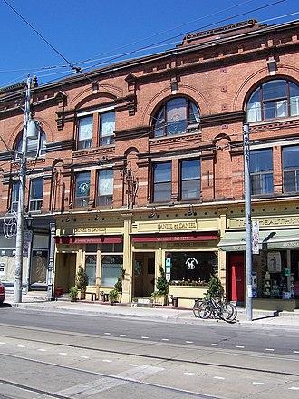 Cabbagetown, Toronto - Cabbagetown businesses along Carlton Street