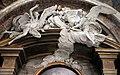 Cappella di san francesco caracciolo, angeli in stucco di ispirazione berniniana.JPG