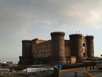 Castel Nuovo 2011.JPG