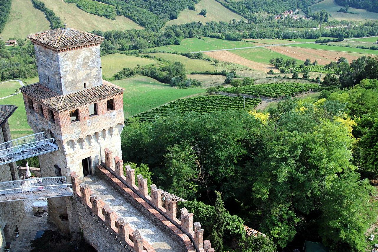 Castello di Vigoleno (Vernasca) 24.jpg