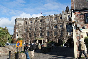 Grade I listed buildings in Taunton Deane - Image: Castle Hotel, Taunton
