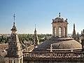 Catedral de Sevilla (37736932565).jpg