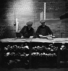 Cecil Beaton Photographs- Tyneside Shipyards, 1943 DB22.jpg