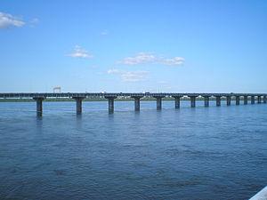 Champlain Bridge, Montreal - The upstream ice control structure.