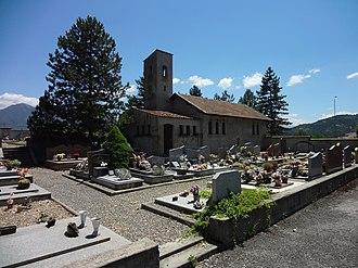 Aiglun, Alpes-de-Haute-Provence - Image: Chapelle et cimetière Aiglun