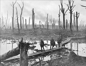 Soldiers of an Australian 4th Division field a...