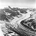 Chedotlothna Glacier, August 26, 1969 (GLACIERS 5124).jpg
