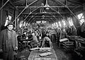 Chinese workers WWI (14408620130).jpg