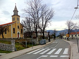 Church ( Church of the Sacred Heart of Jesus ) in Škrljevo - panoramio.jpg