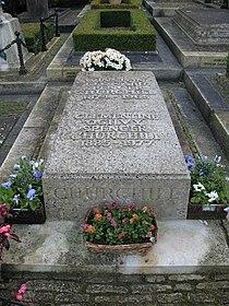 Churchill's grave - geograph.org.uk - 1082097.jpg