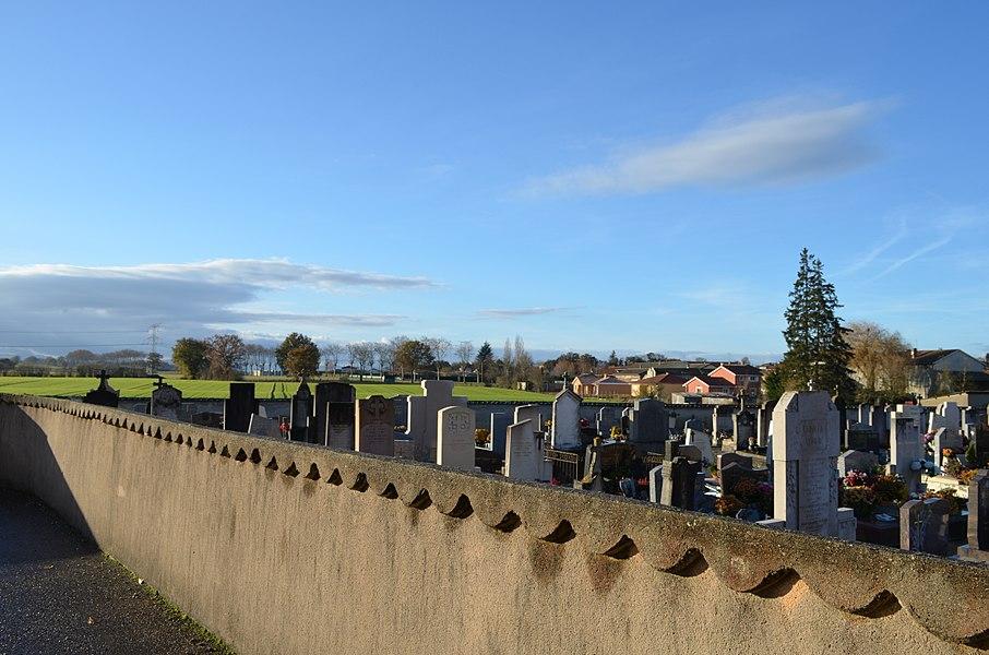 Cimetière de Saint-Trivier-sur-Moignans.