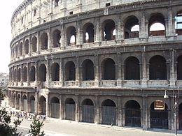 Colosseum-exterior-2007.JPG