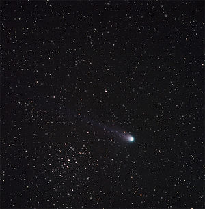 Beehive Cluster - Photo of comet C/2001 Q4 (NEAT) next to Messier 44