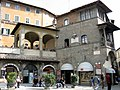 Cortona-square.jpg