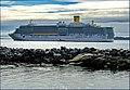 Costa Luminosa a Nuuk - panoramio.jpg
