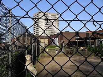 Hillfields - Image: Cov farm enclosure 9a 07