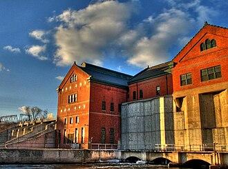 Croton Dam (Michigan) - Croton Dam powerhouse from SE downstream side