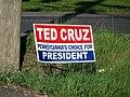 Cruz Sign (26582209712).jpg