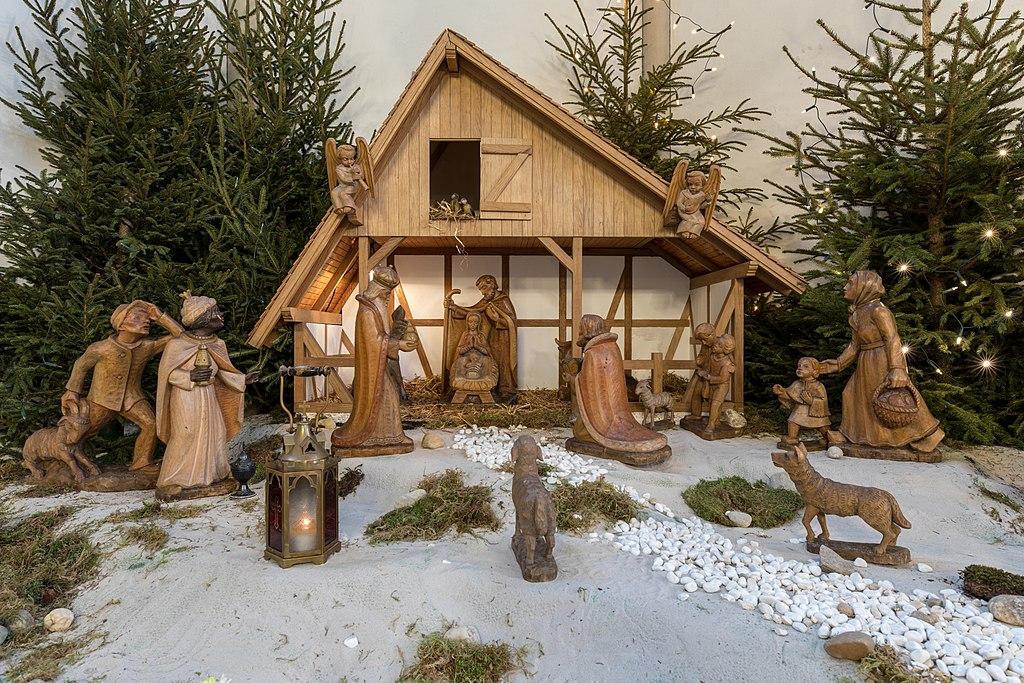 Dülmen, St.-Viktor-Kirche, Innenansicht, Krippe -- 2018 -- 0614.jpg