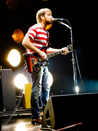 Auerbach at Madison Square Garden in 2012 Dan Auerbach of The Black Keys at MSG 3-22-12.jpg
