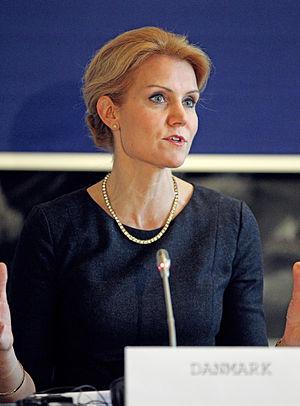 Helle Thorning-Schmidt - Image: Danmarks statsminister Helle Thorning Schmidt vid de nordiska statsministrarnas mote vid Nordiska Radets session i Kopenhamn (1)