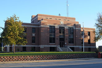 DeKalb County, Missouri - Image: De Kalb County Missouri Courthouse (Southern View)
