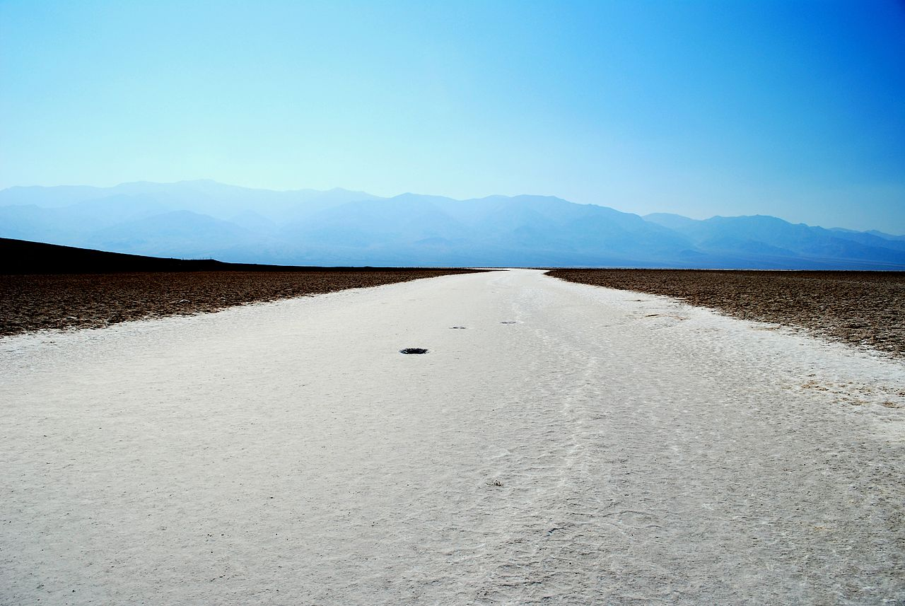 Death Valley (Badwater view)