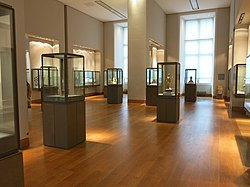 Decorative arts in the Louvre - Room 3.jpg