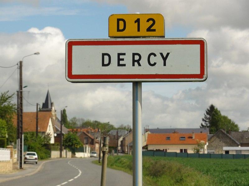 Dercy (Aisne) city limit sign