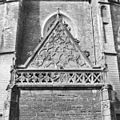 Detail ingang koor, zuid-oost zijde - Haarlem - 20098776 - RCE.jpg