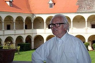 Anton Lehmden - Anton Lehmden at his castle in 2011.