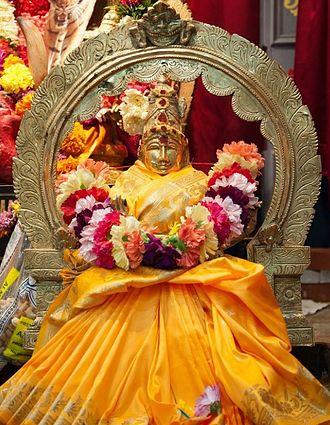 Bhuvaneshvari - Image: Devi Bhuvaneswari at Parashakthi Temple