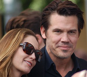 Diane Lane with Josh Brolin at a ceremony for ...