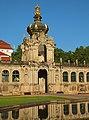 Dresden Altstadt Zwinger Kronentor 09.JPG