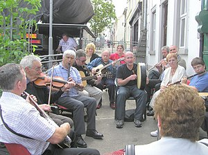 Music of Ireland - A traditional music session, known in Irish as a seisiún.