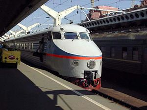 ER200-1 at Moskovsky rail terminal.jpg