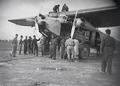 ETH-BIB-Detailaufnahme Auftanken in Cartagena-Tschadseeflug 1930-31-LBS MH02-08-0158.tif